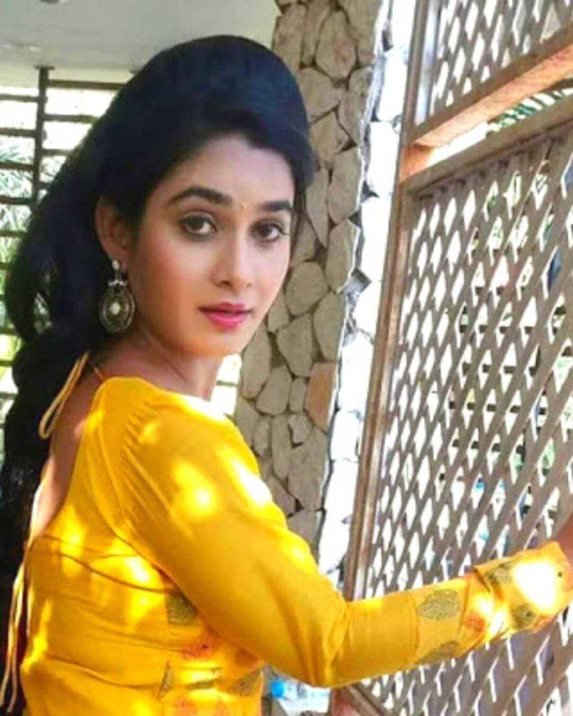 Ritu Singh HD Wallpaper, Hot Photo, Image, Pics